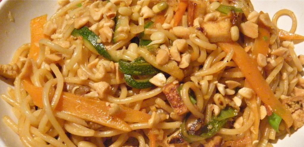 Gemüse-Bratnudeln asiatisch