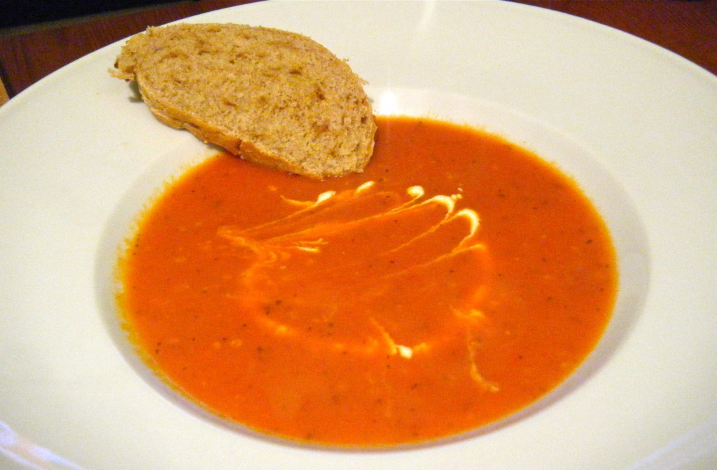 Tomaten-Paprika-Creme-Suppe