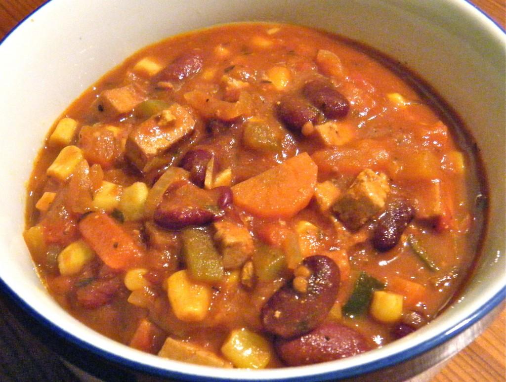 Gemüse-Tofu-Chili