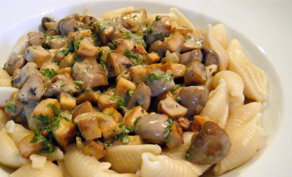Schnelles Tofu-Pilz-Ragout