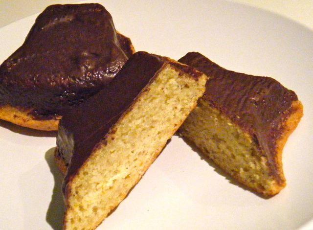 feiner Mandel-Orangen-Kuchen