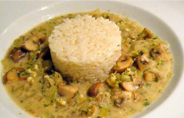 Champignon-Ragout mit Bärlauch-Tofu