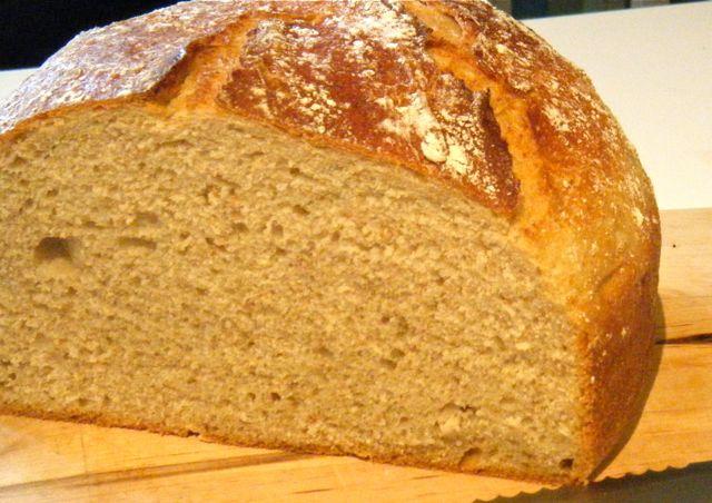 leicht rustikales Kartoffel-Brot
