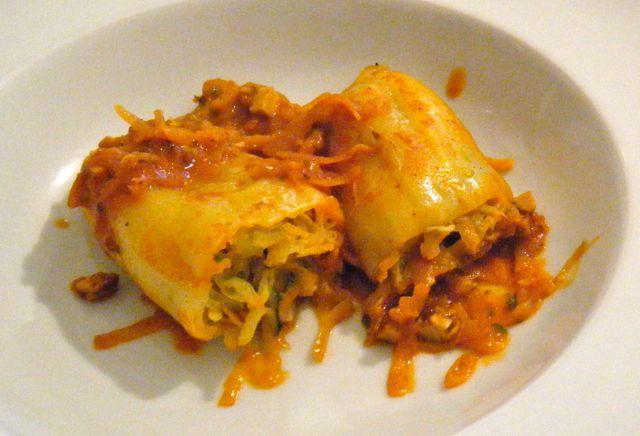 Spitzpaprika mit Kartoffel-Gemüse-Füllung
