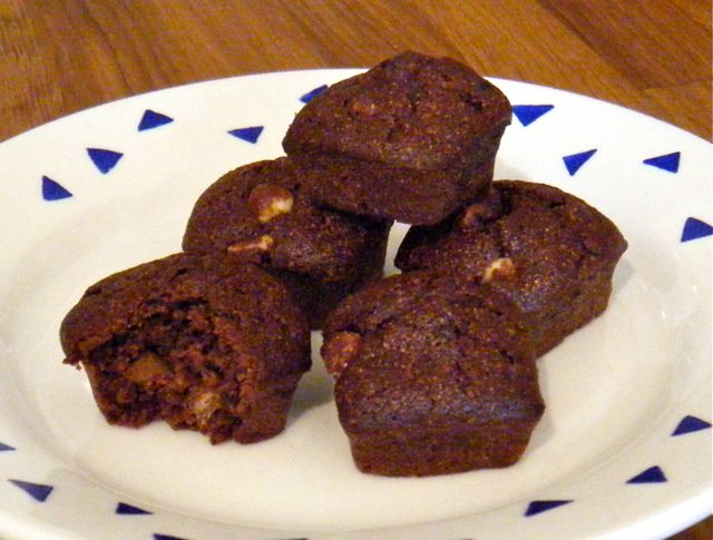 Schokoladige Mini-Brownies, glutenfrei