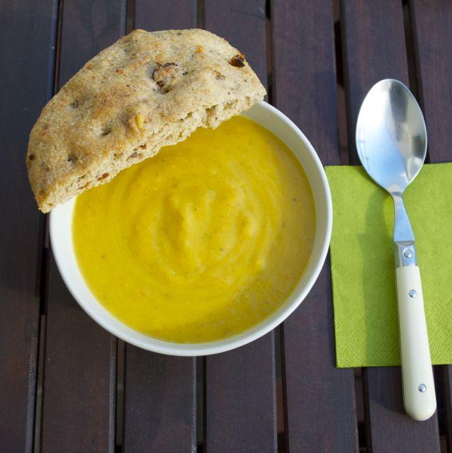 Kürbis-Gemüse-Creme-Suppe